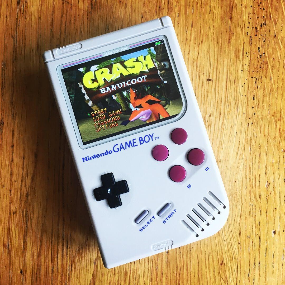 Gallery Sbretro Shows Off Crash Bandicoot Ps1 On The Game Boy Zero Using Raspberry Pi Crashy News